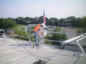 Pararail rooftop guardrail
