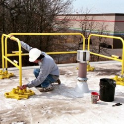 SafetyRail 2000 - Collapsible StealthRail - Portable Roof Guardrails